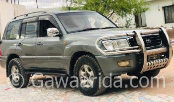 Toyota Land Cruiser 2000